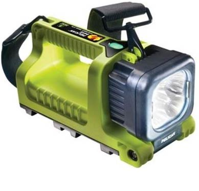 Pelican 9415 NiMH Flashlight
